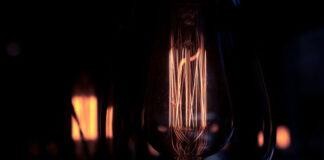 Jak samodzielnie zamontować naświetlacz LED